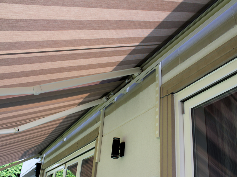 awning installers hitchin, herts